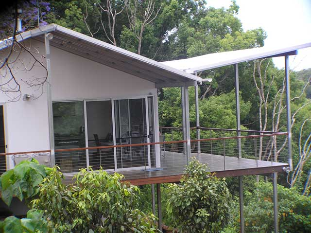 2-Alstonville-Flying-Roof